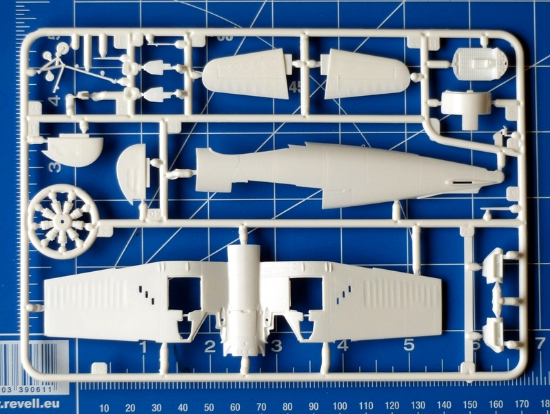 f4u-corsair-revell-parts-03